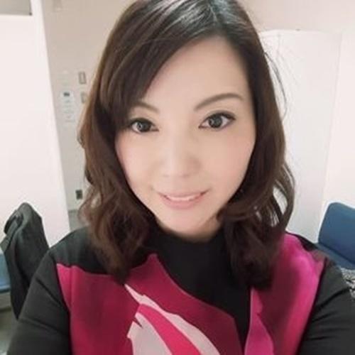 角川 慶子